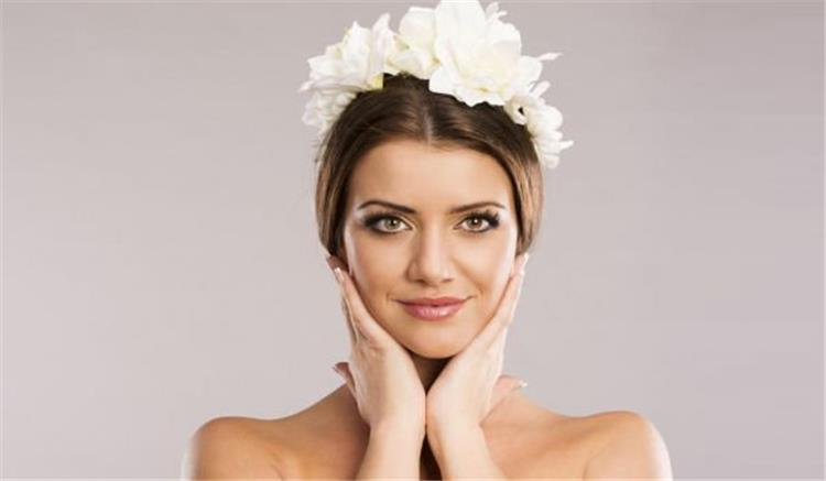 ماسكات ونصائح هامة للاستمتاع بوجه مشرق قبل الزفاف