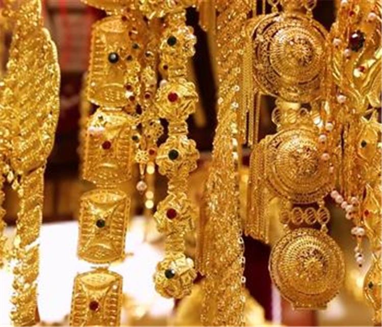 اسعار الذهب اليوم الثلاثاء 13 7 2021 بالامارات تحديث يومي