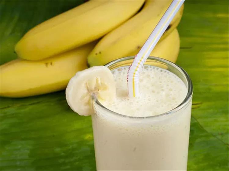مشروب الموز هيضيع الكرش بسرعة