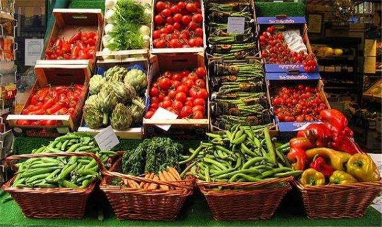 اسعار الخضروات والفاكهة واللحوم والدواجن اليوم 7 مارس 2018
