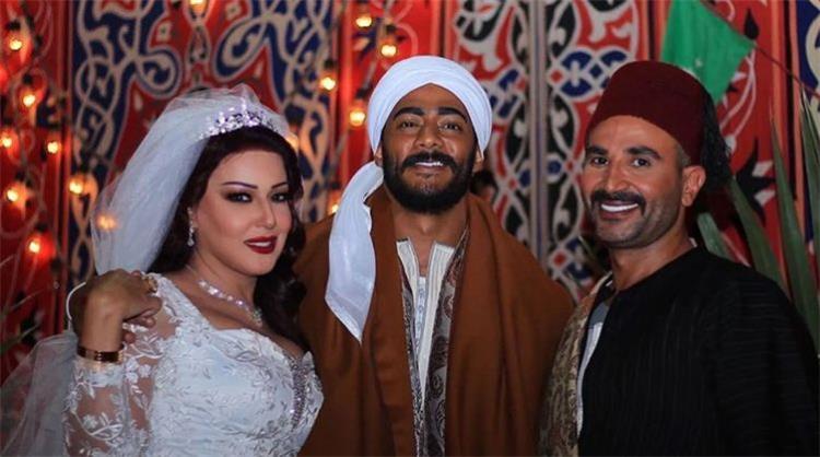 أحمد سعد يرد بقوة على تصريحات سمية الخشاب بعد زفافها من محمد رمضان بلاش حركات من تحت لتحت أنا بحب خطيبتي