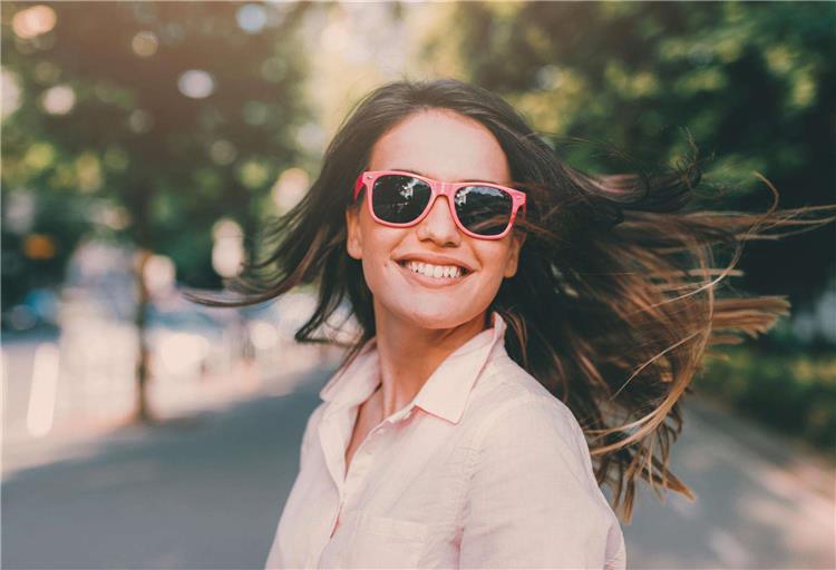 10 خرافات عن النظارات الشمسية يمكن أن تدمر عينيك