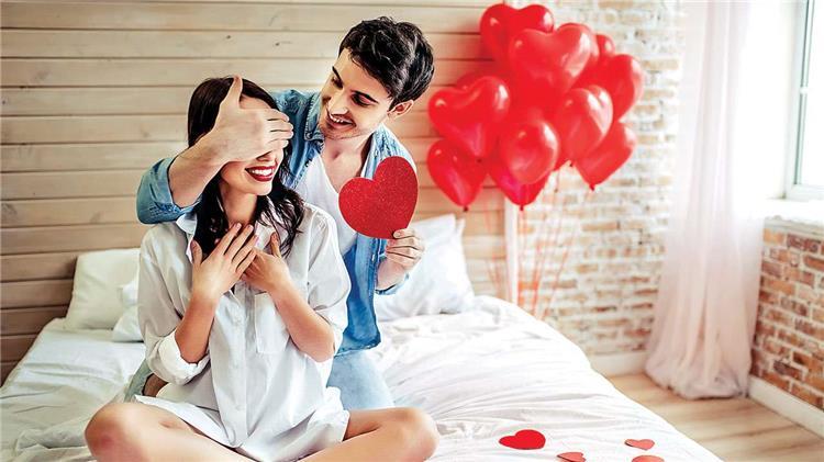 5 أفكار للاحتفال بعيد الحب في المنزل