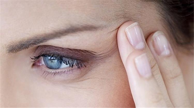 3 ماسكات لشد الوجه وإزالة التجاعيد حول العين بالليمون