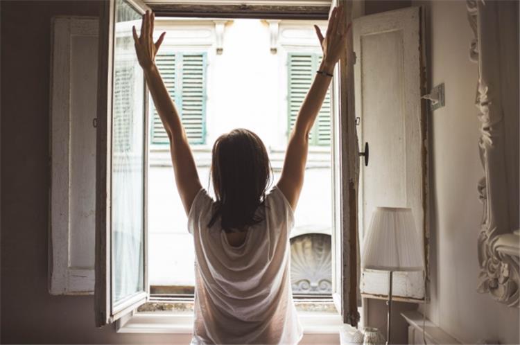 5 عادات خاطئة تفعليها كل صباح تسبب السمنة
