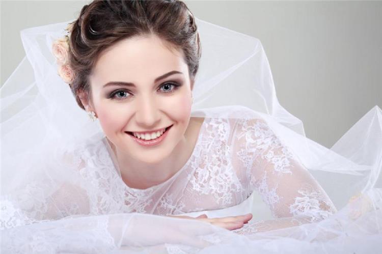3 نصائح لمكياج رائع للعروس ذات البشرة الجافة