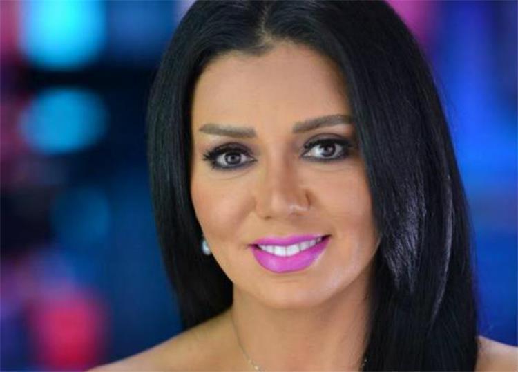 رانيا يوسف تدهش متابعيها بردها حول حمل ابنتها عن طريق الخطأ