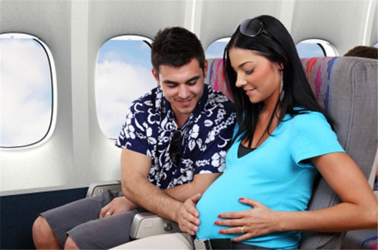 نصائح للسفر أثناء فترة الحمل