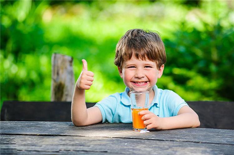 قبل الإمتحانات مشروبات وعصائر طبيعية تساعد على التركيز