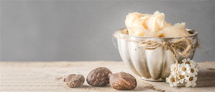 21 فائدة لزبدة الشيا على البشرة والشعر تغذية وترطيب ونضارة