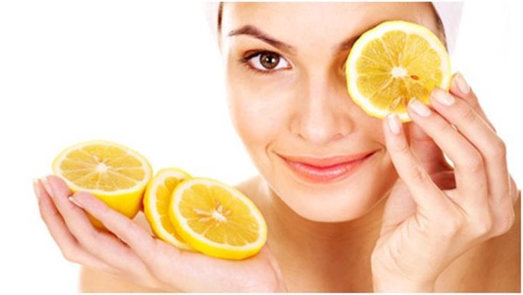 10 وصفات طبيعية من الليمون للعناية بالبشرة تفتيح ونضارة وعلاج حب الشباب والقضاء على العرق