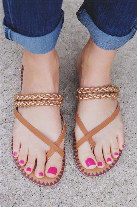 6 أخطاء تجنبيها عند اختيار أحذية الصيف