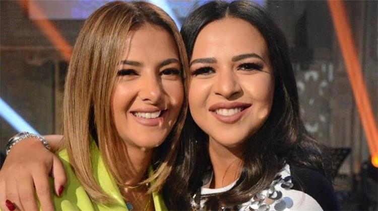 قرار جديد لأيمي ودنيا سمير غانم في حياتهما الخاصة بسبب مرض دلال عبد العزيز