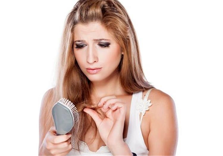 ماسك البيض وزيت الزيتون لزيادة نمو الشعر ومنع تساقطه