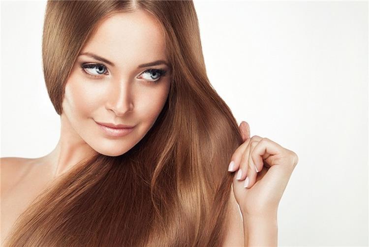 وصفات زيوت لتنعيم الشعر بطريقة آمنة