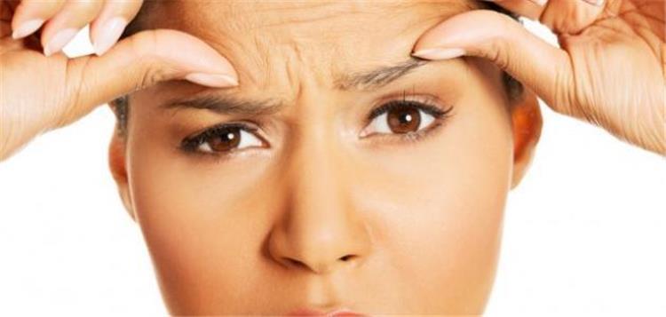إزالة التجاعيد من الوجه بـ 3 وصفات طبيعية