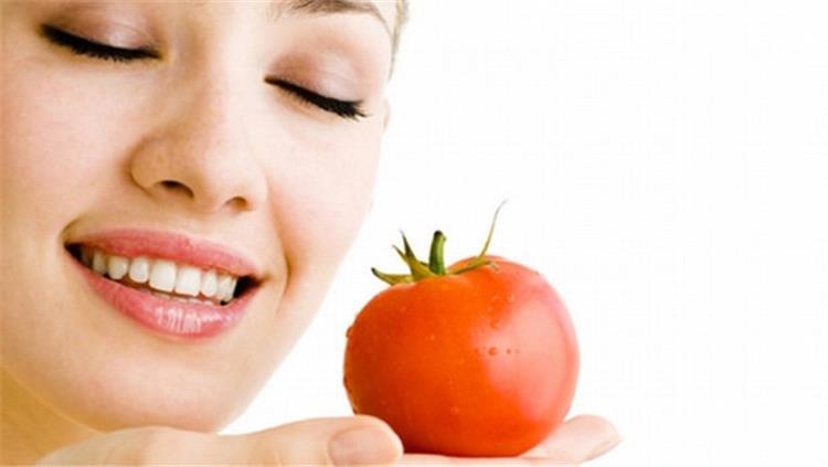 ماسك الطماطم للتخلص من البثور