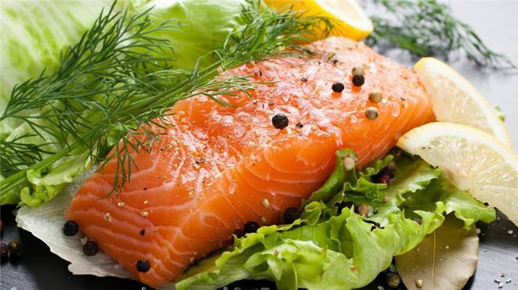 اضرار سمك السلمون للحامل