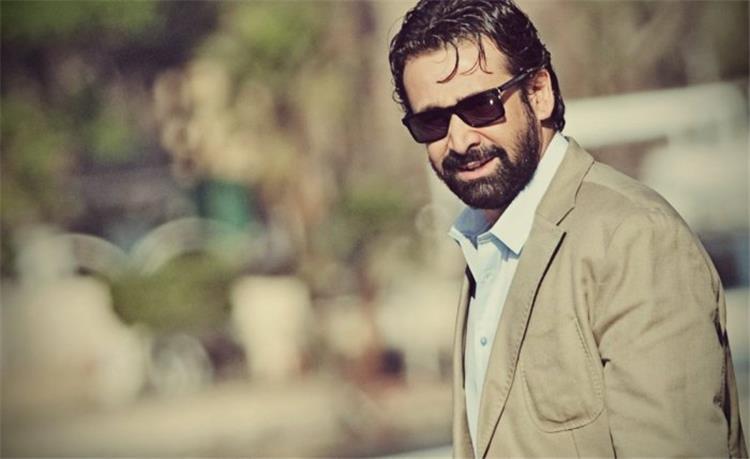 """كريم عبد العزيز يشارك جمهوره بصورة لأول أيام تصويره """"الزيبق 2"""""""