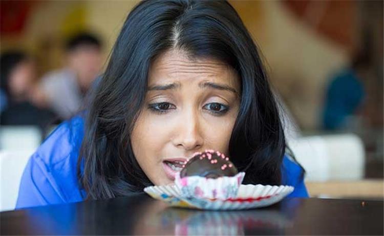 كيف أتخلص من إدماني للسكريات والحلويات