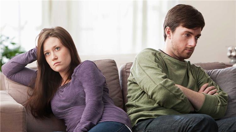 5 عادات تسبب الطلاق احذريهم