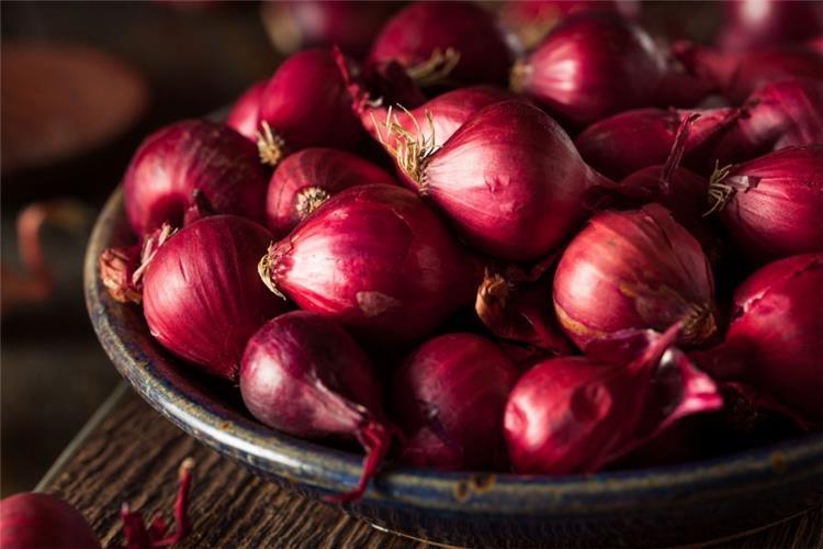 فوائد البصل الأحمر للرجل