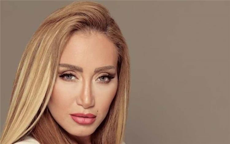 نجلتا ريهام سعيد يرقصان بشكل هستيري على المهرجنات ماذا قالت عنهما