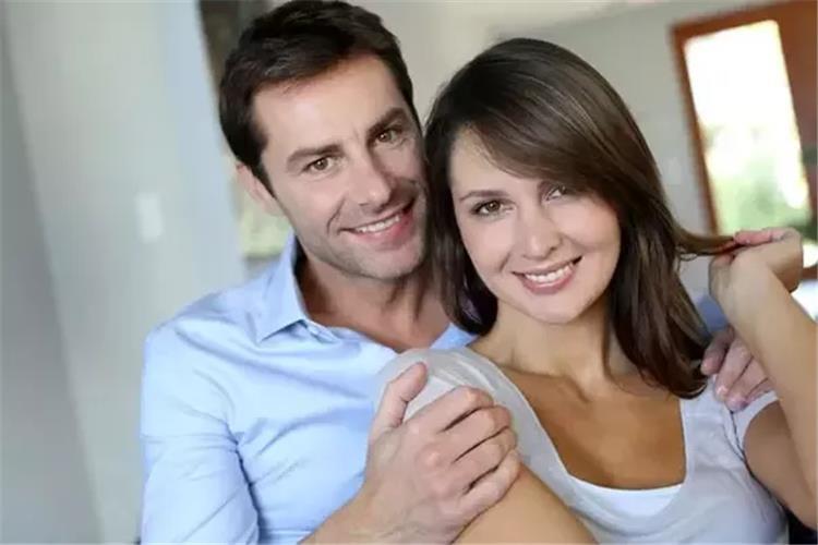 4 خطوات سحرية تجعل زوجك لا يلتفت إلى غيرك