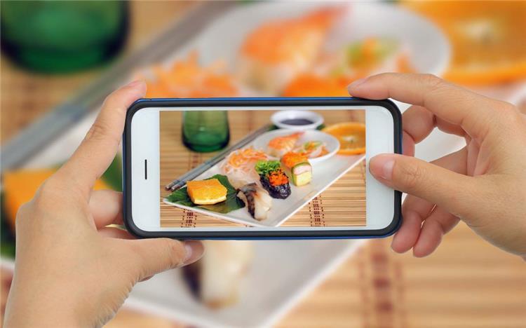 أفضل طريقة لاستغلال موهبتك في تصوير الأطعمة لإدارة مشروعك على صفحات السوشيال ميديا