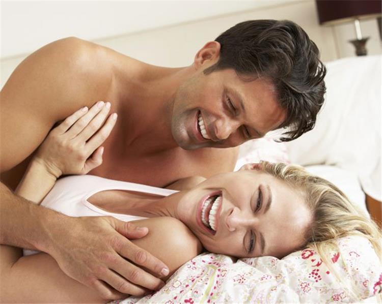10 فوائد صحية لممارسة العلاقة الحميمة بإنتظام