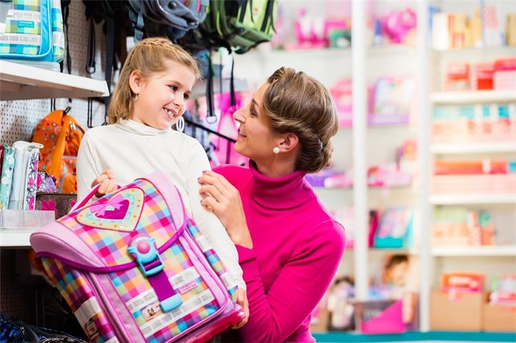 كيفية اختيار حقيبة مدرسة صحية لطفلك