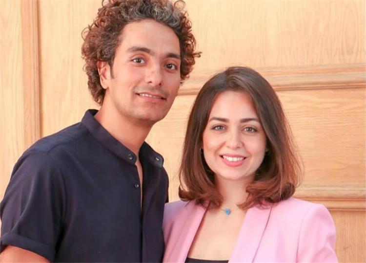 هبة مجدي ومحمد محسن يكشفان عن وجه ابنتهما في أول صورة لها هل تشبهما