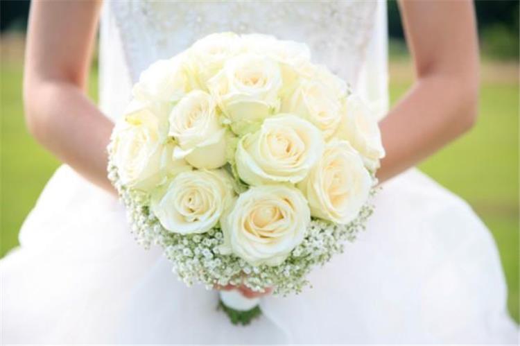 شروط اختيار باقة ورد العروس بحفل الزفاف