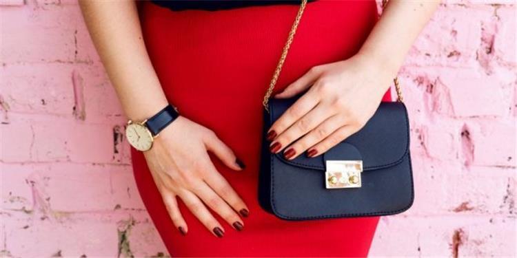 كيف تختارين حقيبة اليد التي تتناسب مع شكل جسمك