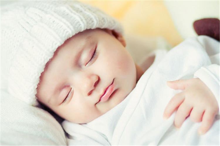نصائح لتنظم نوم رضيعك في رمضان
