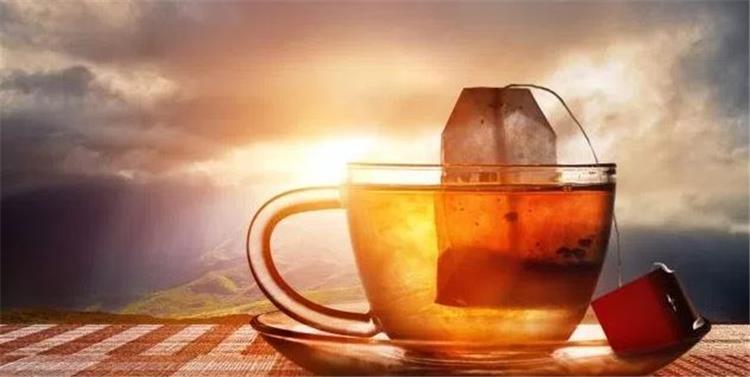 استخدامات مختلفة ومذهلة لأكياس الشاي المستعملة