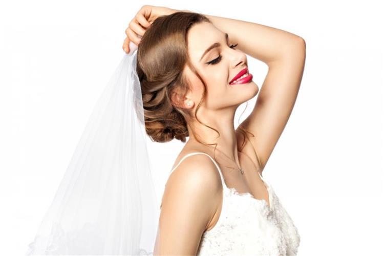 6 نصائح للعروس لإطلالة جمالية رائعة في حفل الزفاف
