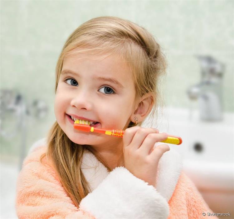 قبل بداية العام الدراسي كيف تختاري معجون الأسنان الصحيح لطفلك