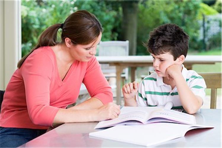 8 نصائح لمساعدة طفلك على تجاوز ملل المزاكرة