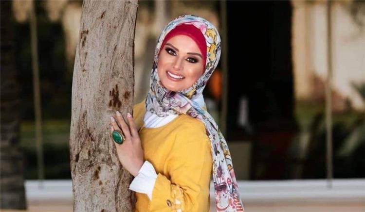 إعلامية مصرية تتعرض لحادث سيارة وتنجو من الموت بأعجوبة