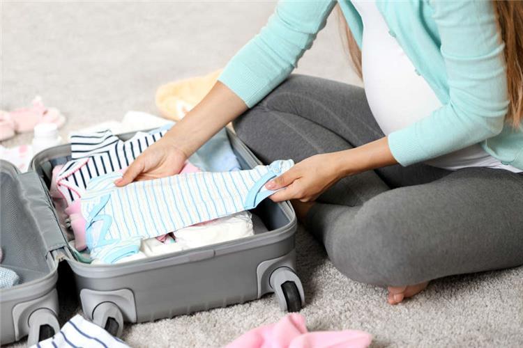 كل ما تودين معرفته بالتفصيل عن حقيبة الولادة وأنسب وقت لتحضيرها