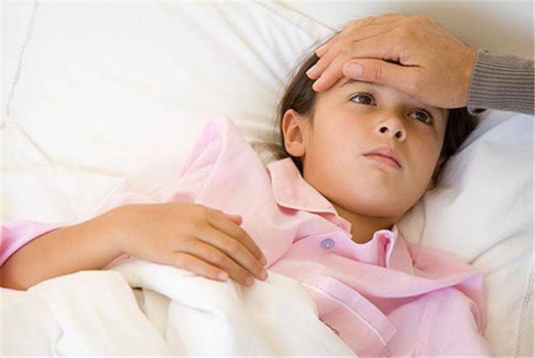 أضرار الهوت دوج على صحة الأطفال