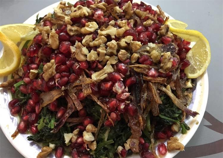 طريقة عمل السبانخ على الطريقة السورية لسفرة رمضانية جديدة