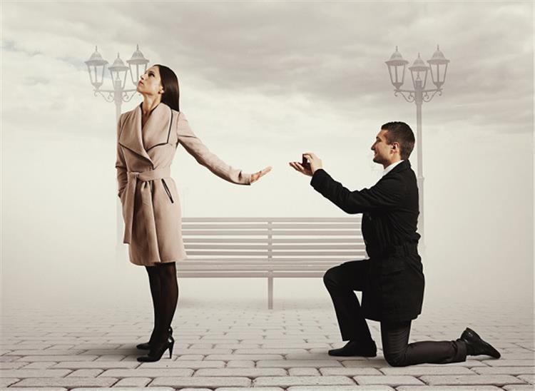إذا اتسم شريك حياتك بهذه الصفات اهربي منه فور ا