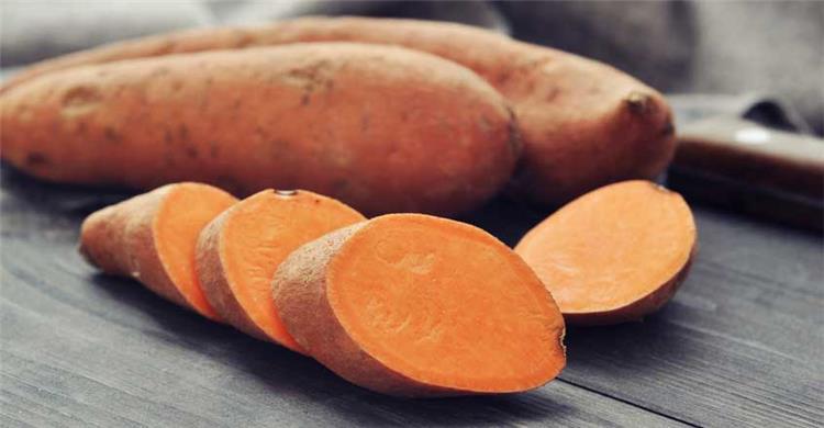 فوائد البطاطا تقي من أمراض القلب وتحارب السرطان