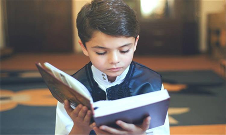 6 خطوات لتدريب طفلك على أعمال الخير في شهر رمضان
