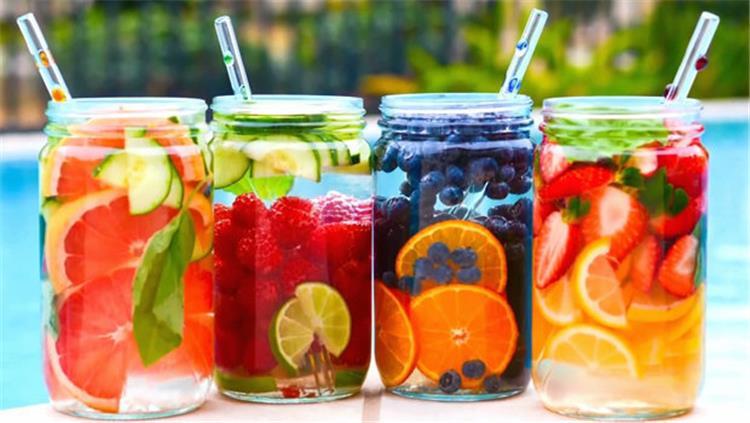 مشروبات ديتوكس مفيدة للاستعداد للطقس الحار