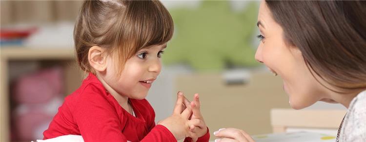 ساعدي طفلك على تعلم الكلام بهذه الطرق