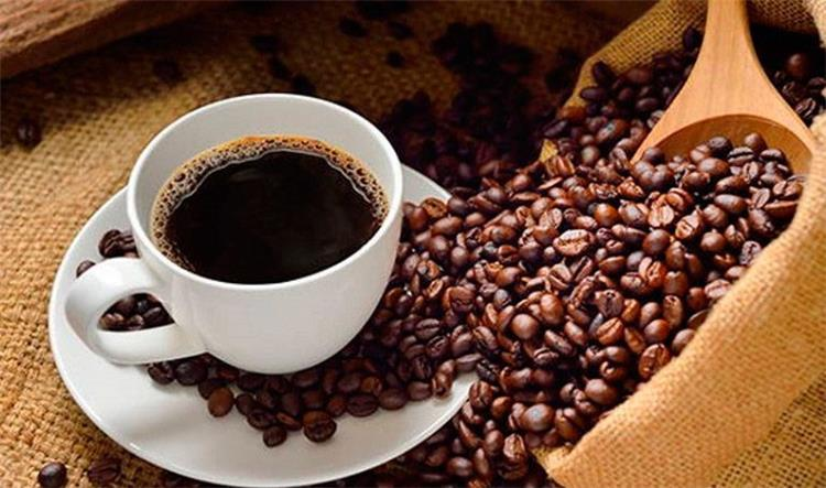 قولي لي قهوتك المفضلة أقل لك من أنت