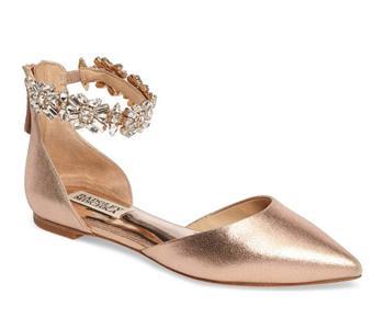 هذا اللون موضة في أحذية زفاف 2018 تعرفي عليه